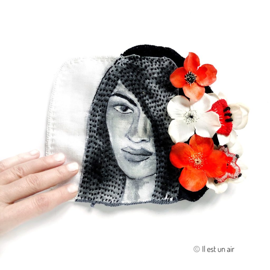 portrait textile fleuri